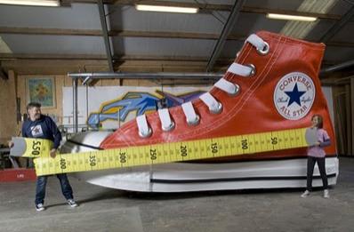 Cool Kasut Converse All Star Terbesar Di Dunia 4 Gambar