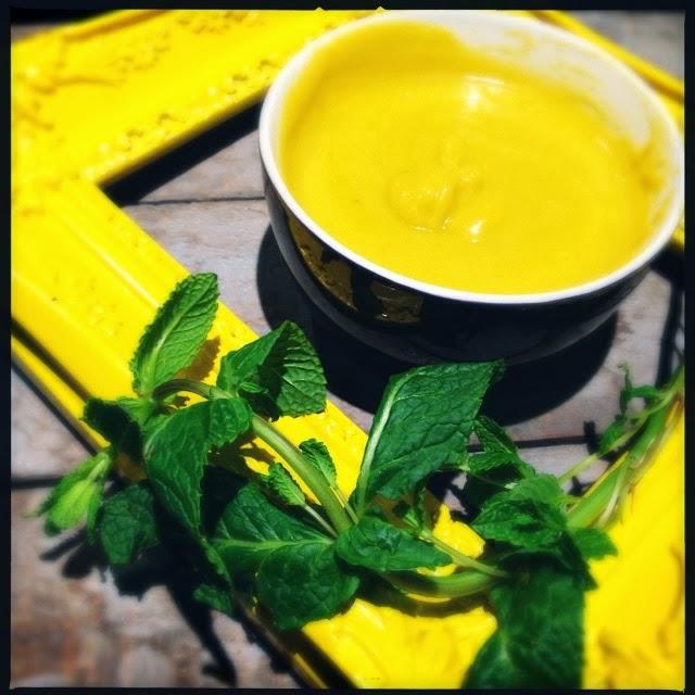 Ma cuisine moi soupe de petits pois carottes la menthe - Soupe petit pois menthe ...