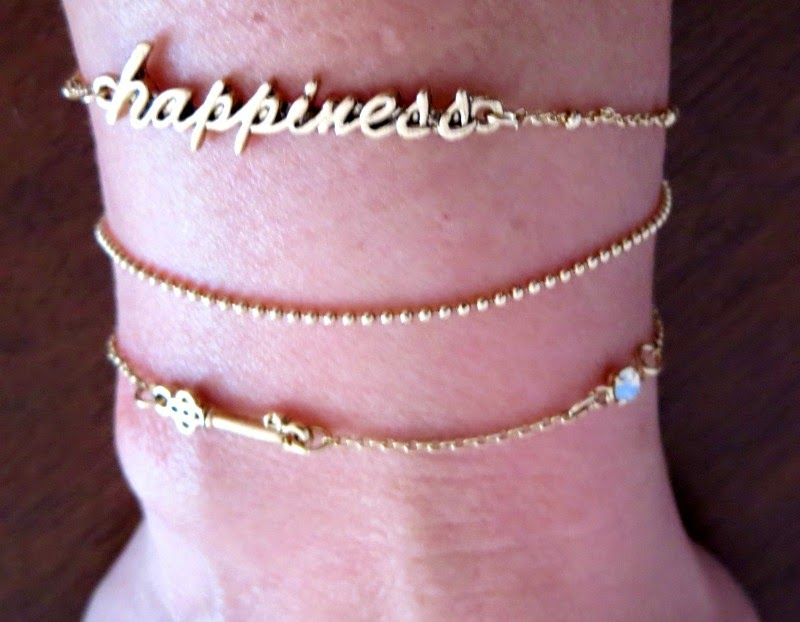 Happiness bracelet set