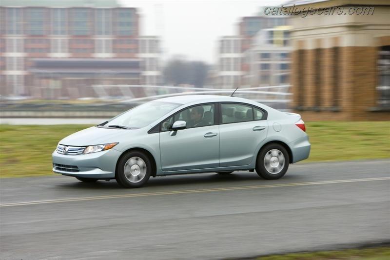 صور سيارة هوندا سيفيك الهجين 2014 - اجمل خلفيات صور عربية هوندا سيفيك الهجين 2014 - Honda Civic Hybrid Photos Honda-Civic-Hybrid-2012-01.jpg