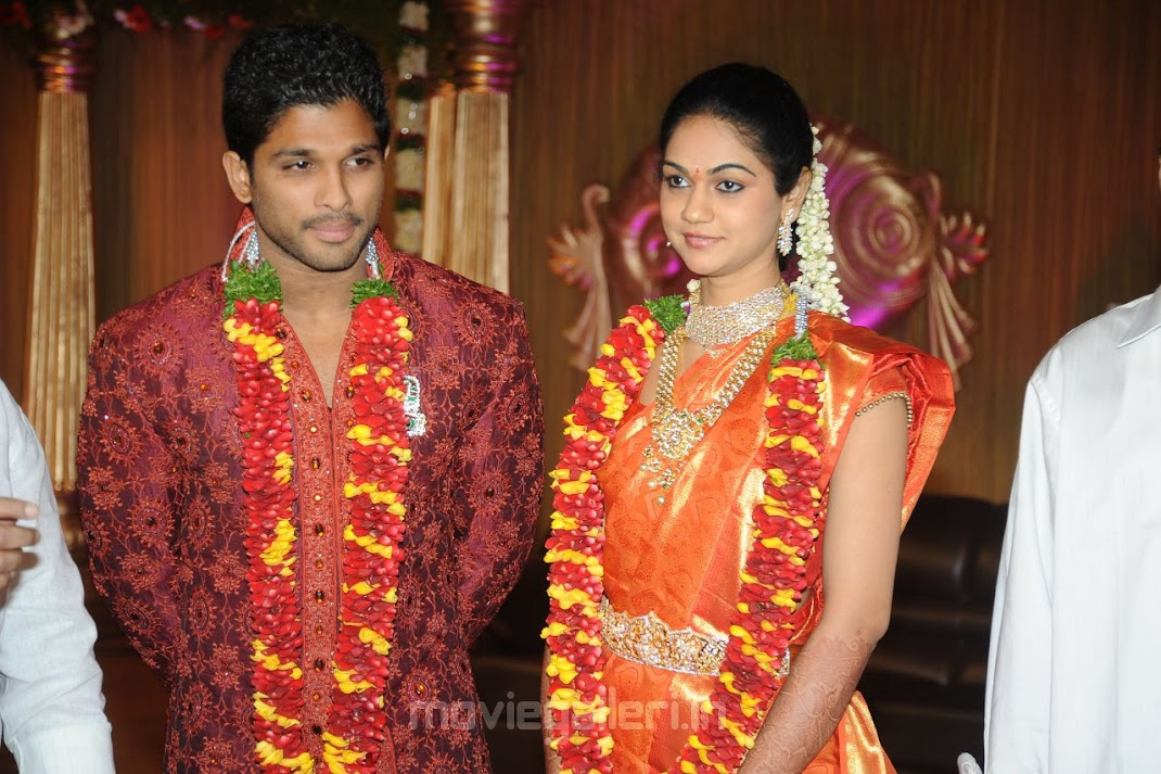 Allu Arjun Sneha Reddy Reception Pics