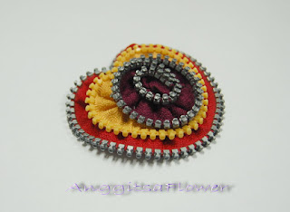 Bros Zipper / Resleting (Zipper Heart Brooch)