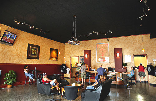 Ayl n barattini distintos tipos de tattoo shops for Tattoo shops in wisconsin