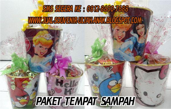 Paket+Ulang+Tahun+Anak+Murah+C+ Tong Tempat Sampah Hello+Kitty Angry+Bird Princess Mickey+Mouse Doraemon Souvenir Ulang Tahun (Ultah) Anak Anda