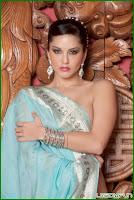 Sunny Leone Flashing Her Pierced Nipples