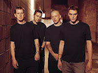 Breaking Benjamin feat. Valora Blow Me Away