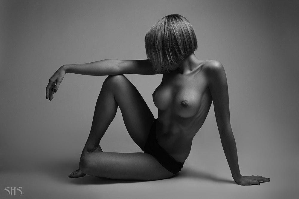 eroticheskie-fotografii-visokogo