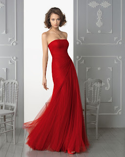 Charming Sheath/Column Strapless Ruching Floor-length Tulle Prom Dresses