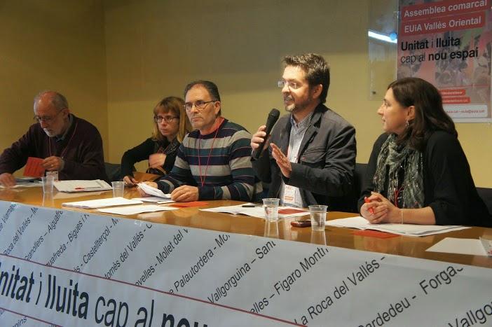 En la asamblea comarcal de EUIA con el Alcalde de Montornes