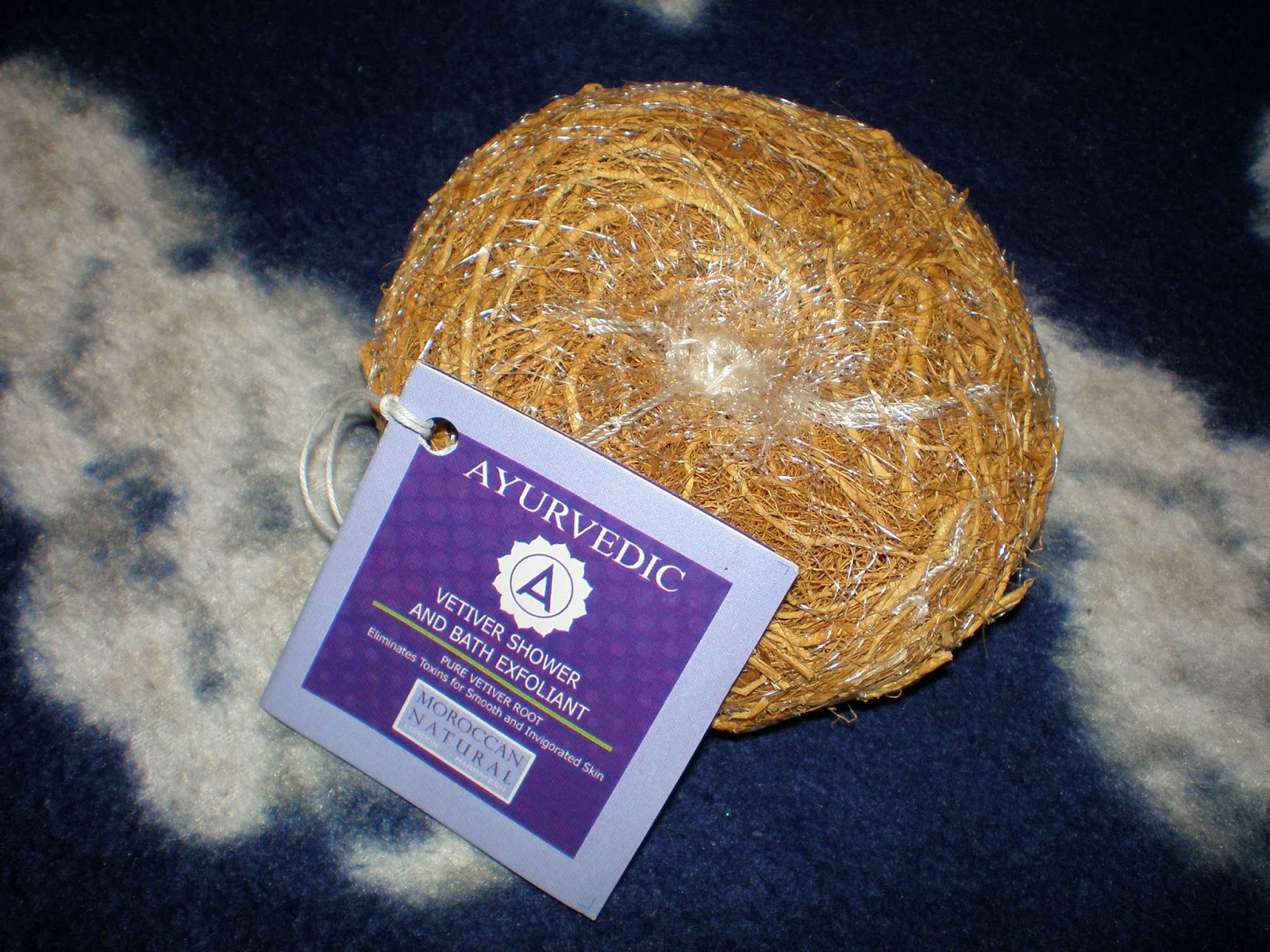 Moroccan Natural Vetiver Root Shower and Bath Exfoliant