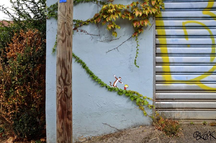 24-Calvin-&-Hobbes-OakOak-Street-Art-Drawing-in-the-City-www-designstack-co