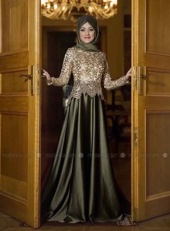 Robe de soiree pour femme voilee pas cher