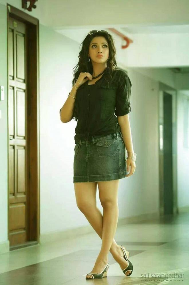 Malayalam actress and model Abhirami Suresh latest hot photo shoot.