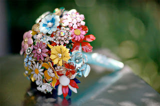 Colourful-Brooch bouquet-Amanda Jane Heer via Absolute Perfection