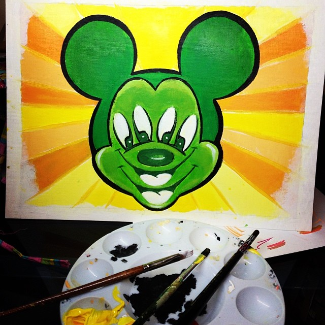 17-Trippy-Mickey-Mouse-Natasha-Farnsworth-Drawings-and-Paintings-Celebrity-Portraits-www-designstack-co