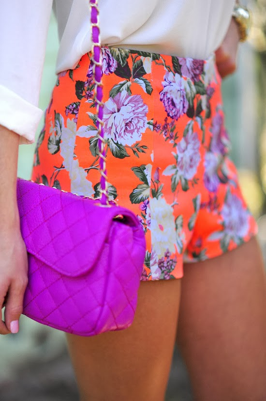Gorgeous Mini Flower Short with Pink Cute Handbag and White Blouse, Love It