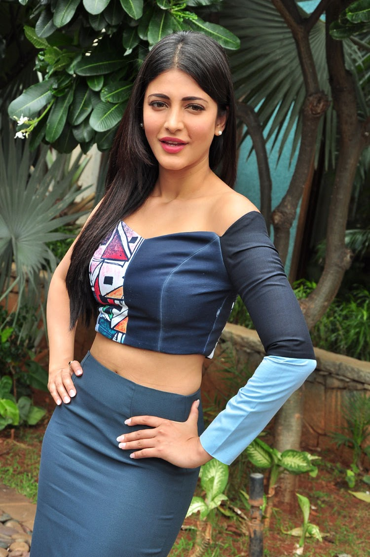 Sruthi Hassan latest HD Stills