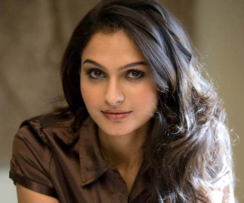 Andrea-Jeremiah-thadaka-movie-actress