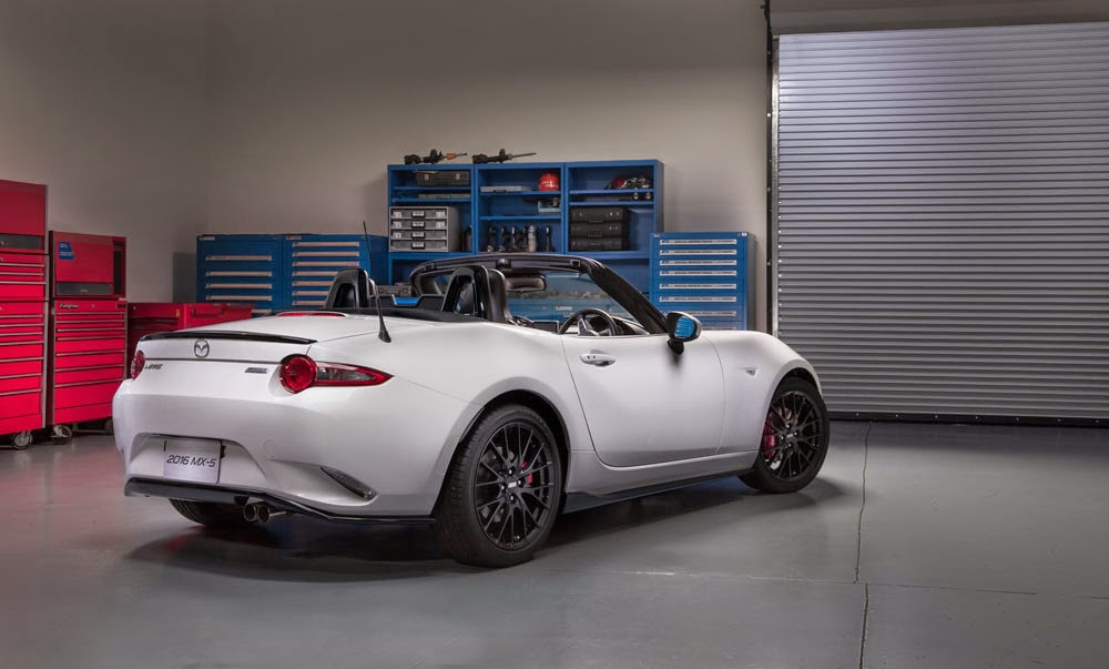 2016 Mazda MX-5 Miata Rear