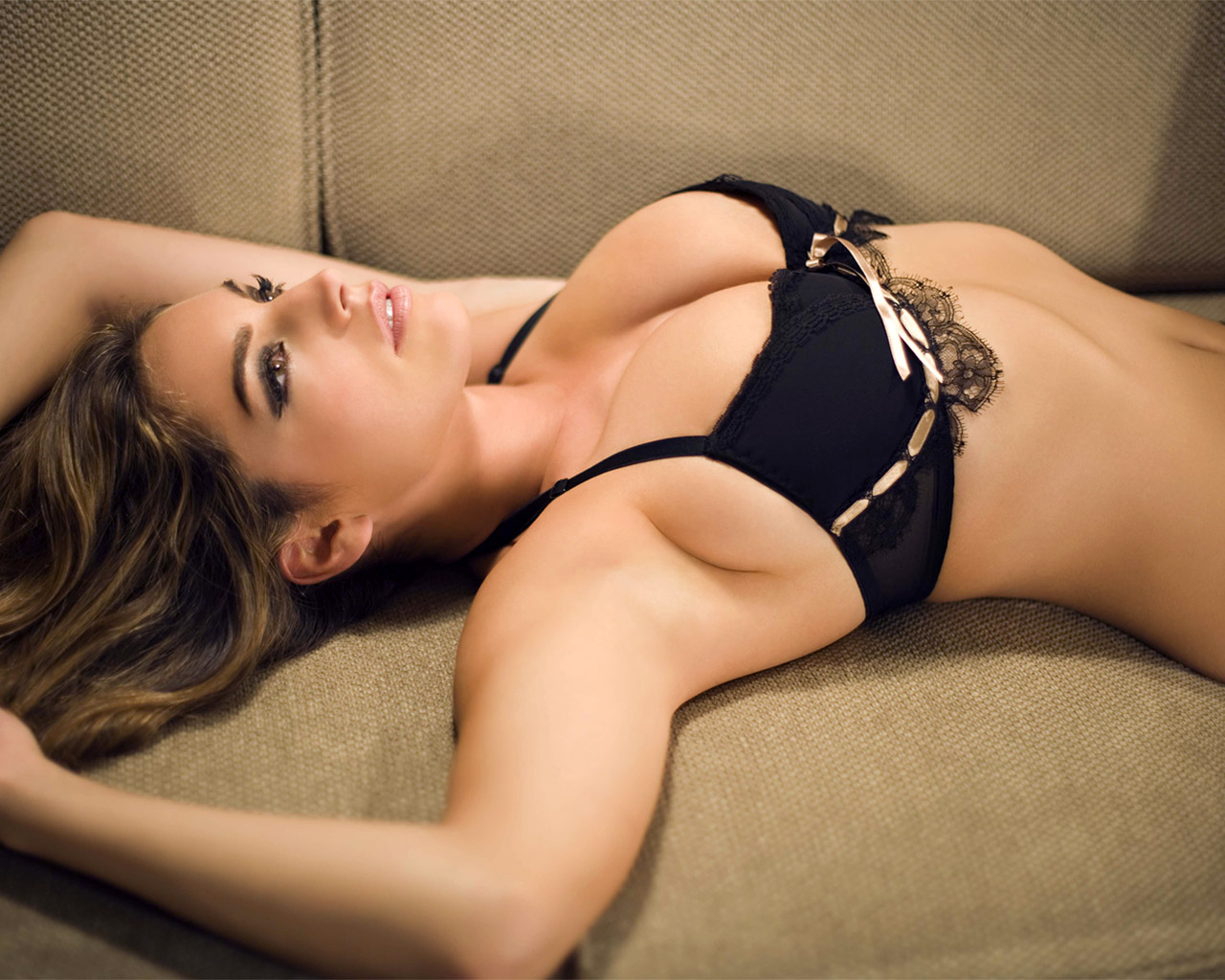 The Shocking Inner Life of Lingerie Models