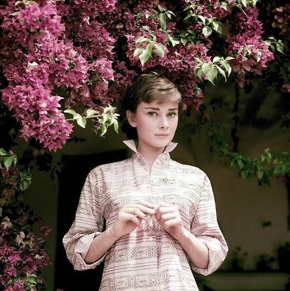 Audrey Hepburn Photographed By Milton H Greene At La Vigna A Charming Villa Outside Rome Ed And Her Husband Mel Ferrer Especially For