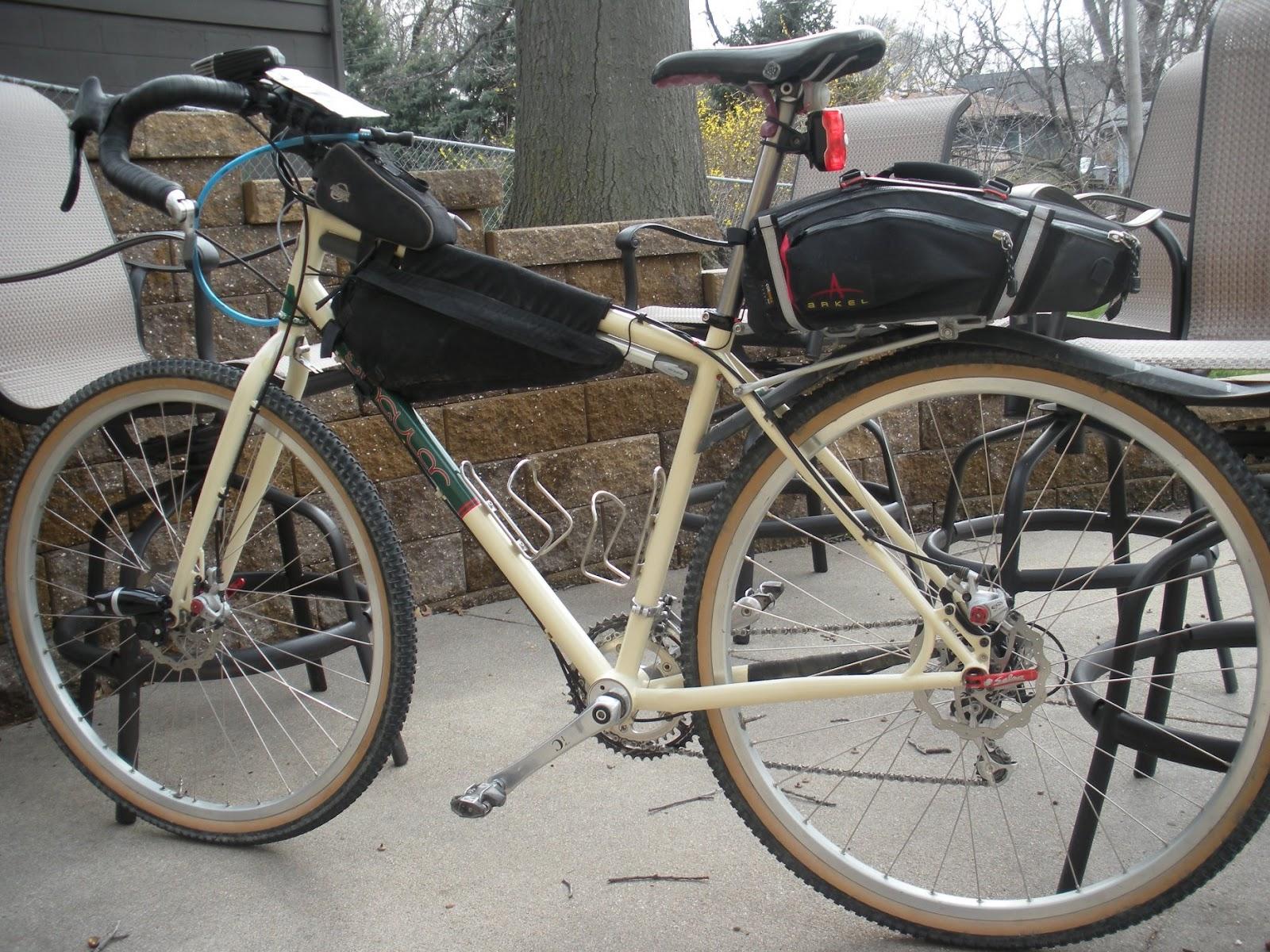 The DirtBlog: Detailing my final TransIowa v9 Bike Setup...