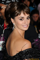 Penelope Cruz cleavy Pirates of the Caribbean 4 premiere