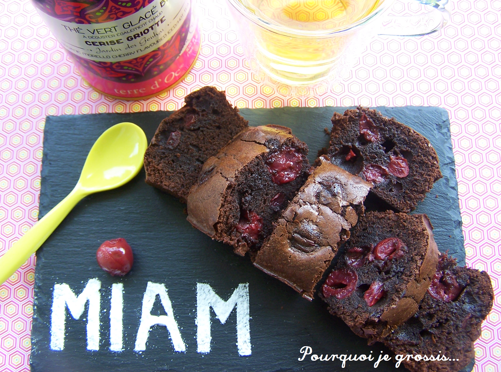 Pourquoi je grossis brownies chocolat cerises for Pourquoi je grossis