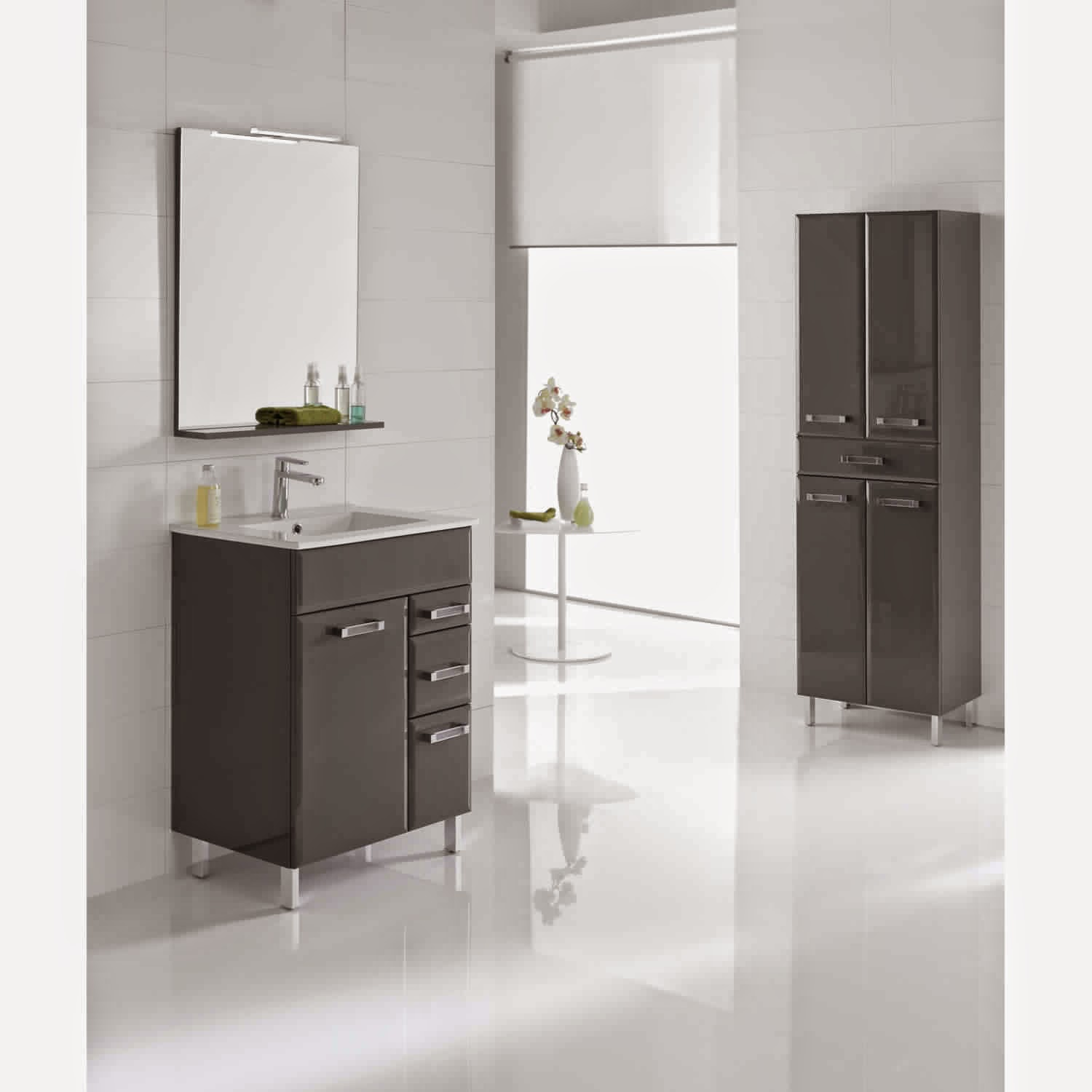 finest excellent bricorama meuble cuisine meuble salle de bain bambou u chaios with baignoire d. Black Bedroom Furniture Sets. Home Design Ideas