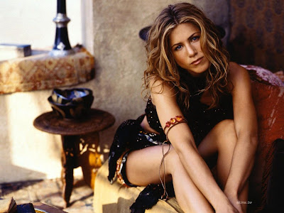 Relaxed Jennifer Aniston