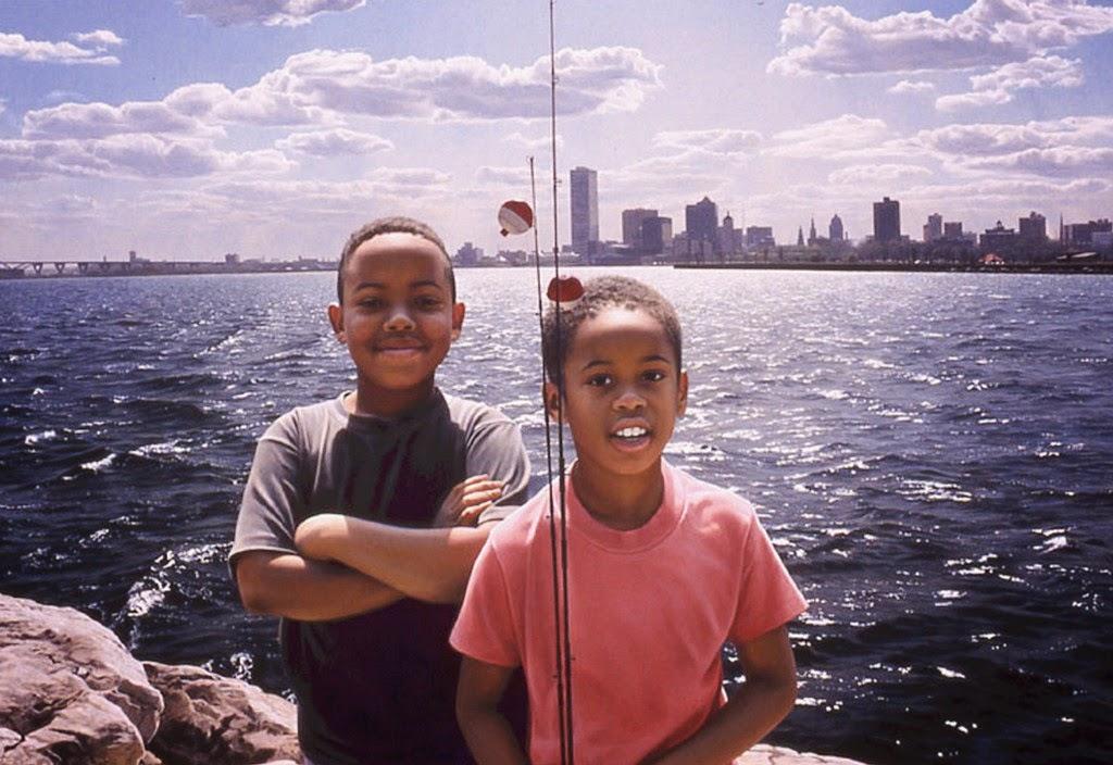 retratos-de-niños-en-paisajes-realistas