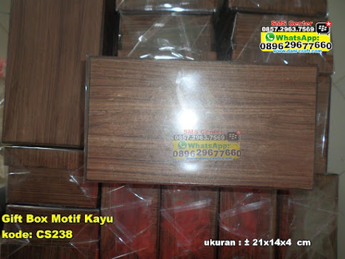 Gift Box Motif Kayu murah