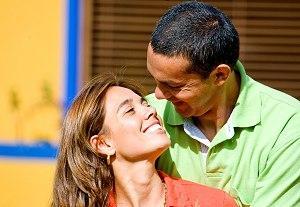 أجيبي على 10 أسئلة لتعرفي مدى حب حبيبك او زوجك لك - حب وغرام وعاطفة - زواج ناجح - happy romantic couples