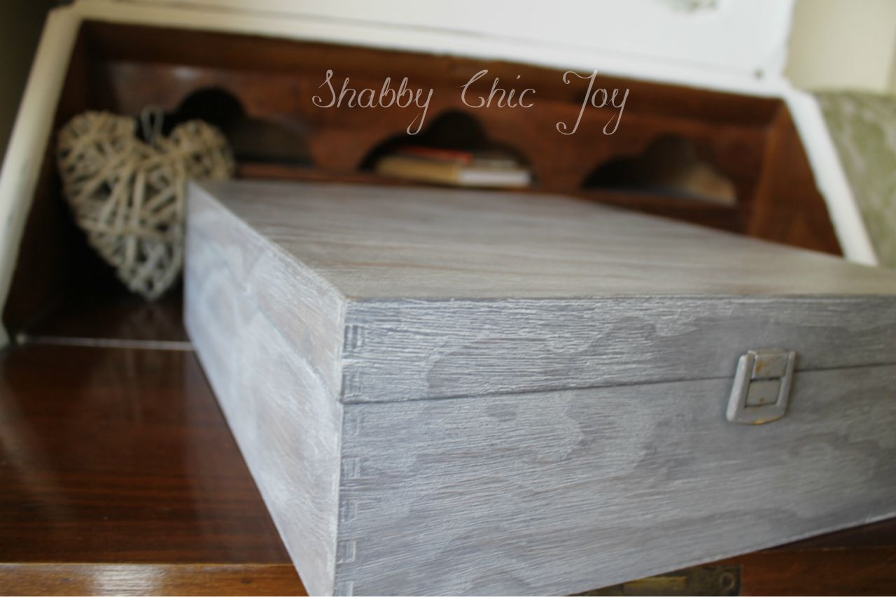 Tutorial Pittura Shabby Chic : Shabby chic joy: diy decorare una scatola con la tecnica cerusè