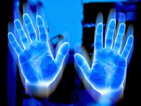 Las manos mágicas te diran