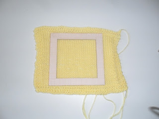 Measuring gauge with DIY knitting gauge