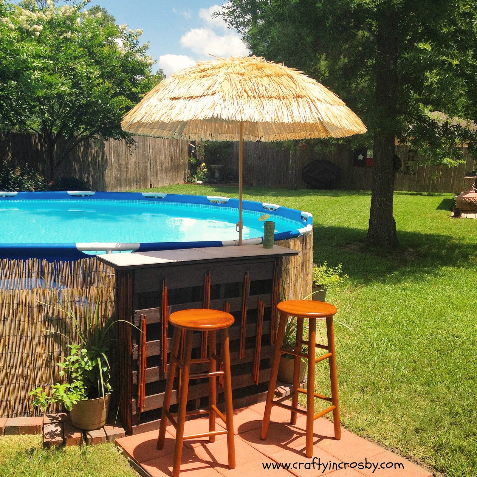 pallet tiki bar, tiki bar diy, redneck swimming hole, Dollar Tree