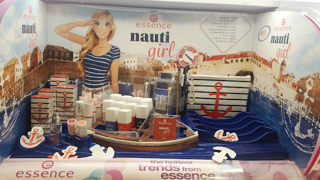 essence nauti girl LE Review Swatches
