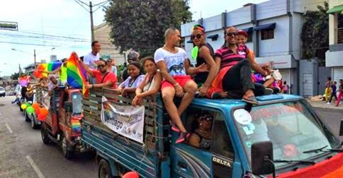 """Causa revuelo Caravana por el """"Orgullo Gay"""" en RD"""
