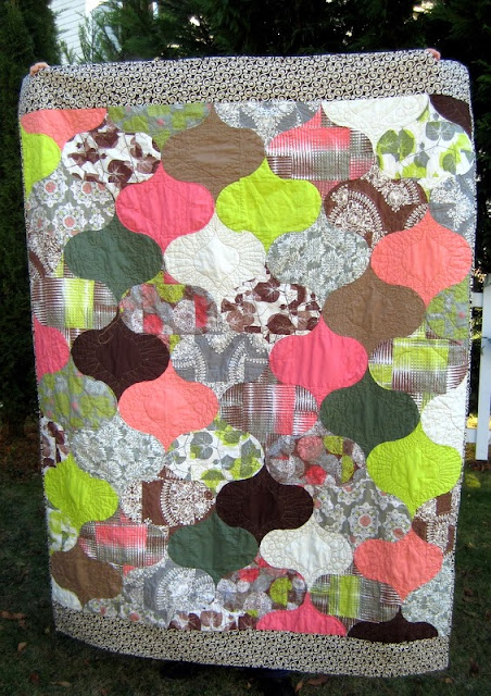 http://quiltyhabit.blogspot.com/2013/11/mint-chocolate-chip-finished-quilt.html
