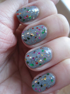 Urban-Outfitters-Studio-54-Rimmel-Grey-Matter-nail-polish