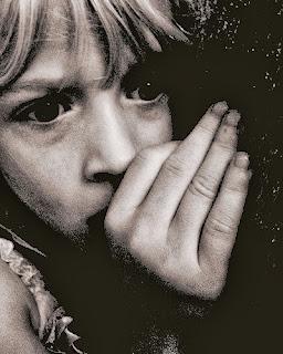 Η παιδοφιλία προκαλείται από το διαζύγιο, δήλωσε κορυφαίος επίσκοπος