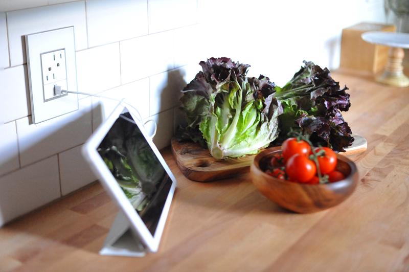 Kitchen DIY Update    USB adorne by legrand