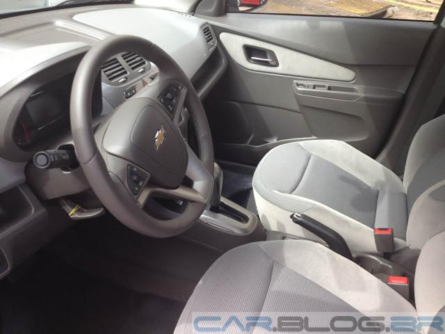 Chevrolet Cobalt LTZ Automático - interior