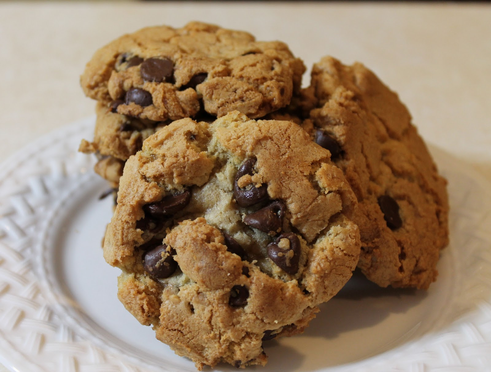 toffee chocolate chip cookies yes i bought that bag of toffee bits and ...