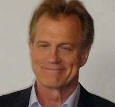 STEPHEN COLLINS SUCKS<br>AT APOLOGIES