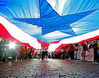 http://3.bp.blogspot.com/-SQ-nT31CnnI/Tf8lk0NNXJI/AAAAAAAAH5M/WFxCpIko_hk/s320/viejo_san_juan-viva_puerto_rico_libre.jpg