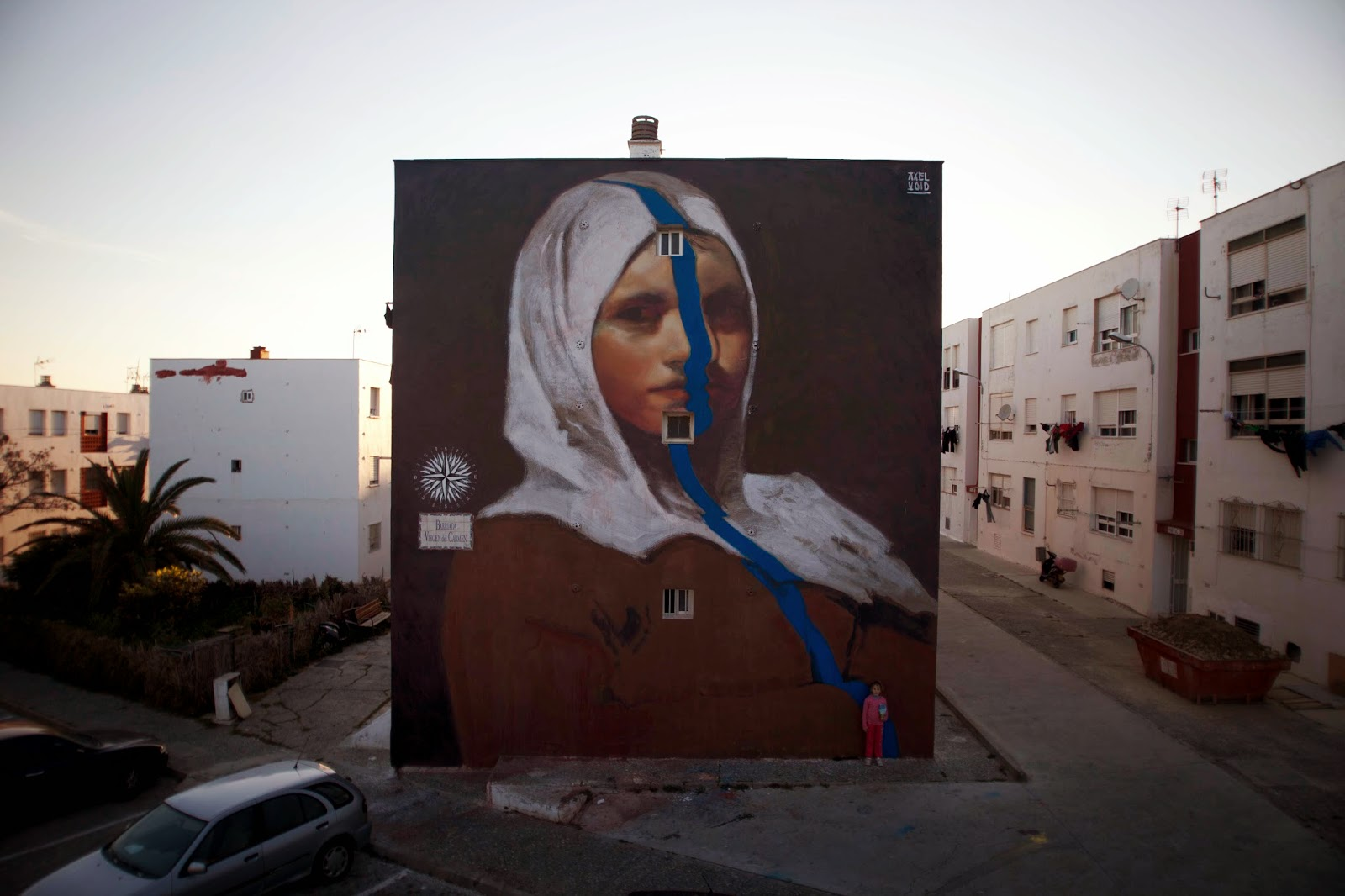 Before flying to Turin, Italy for Mission To Art, Axel Void spent the last few weeks in Southern Spain working on this massive new street art piece somewhere on the streets of Tarifa.