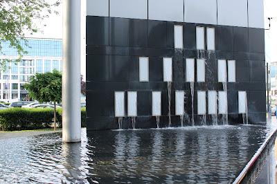 Fontana - Avenue Mall