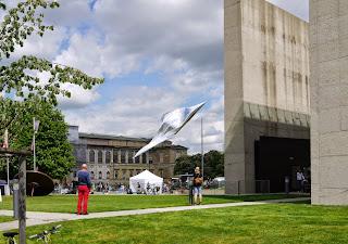 Kunstareal-Fest München 2015 - Blick auf die Alte Pinakothek, rechts das Ägyptische Museum